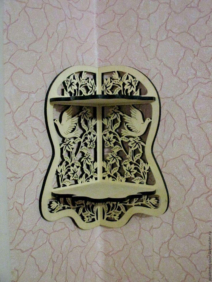 Купить или заказать Угловая полка 'Голубь символ мира' в интернет-магазине на Ярмарке Мастеров. Угловая полка украсит любой угол вашего любимого гнездышка, предаст оригинальность и внесет изюминку в…
