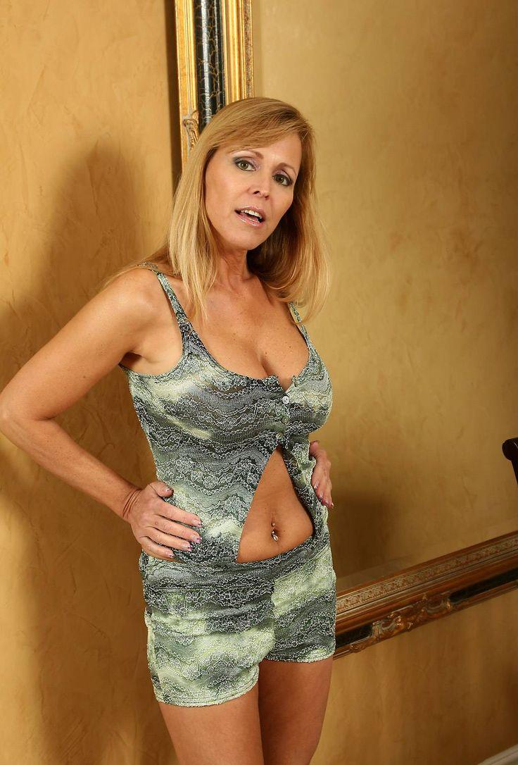 Nicole Moore Nude Photos 48