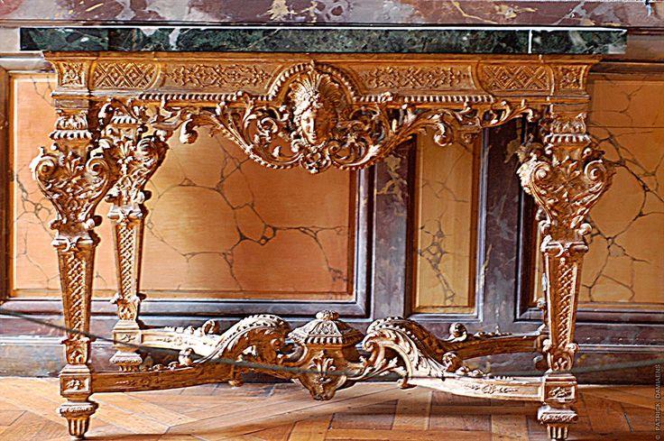 Carved furniture   Versailles