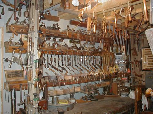 creepy tool shed - Google Search | Halloween | Pinterest ...