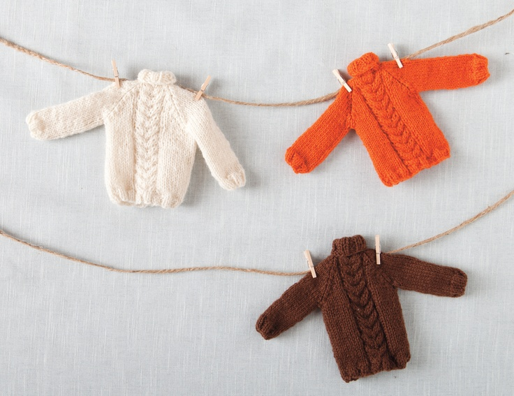 Knitting Patterns For Christmas Brooches : Best 25+ Holiday sweaters ideas on Pinterest Tacky christmas outfit, Tacky ...