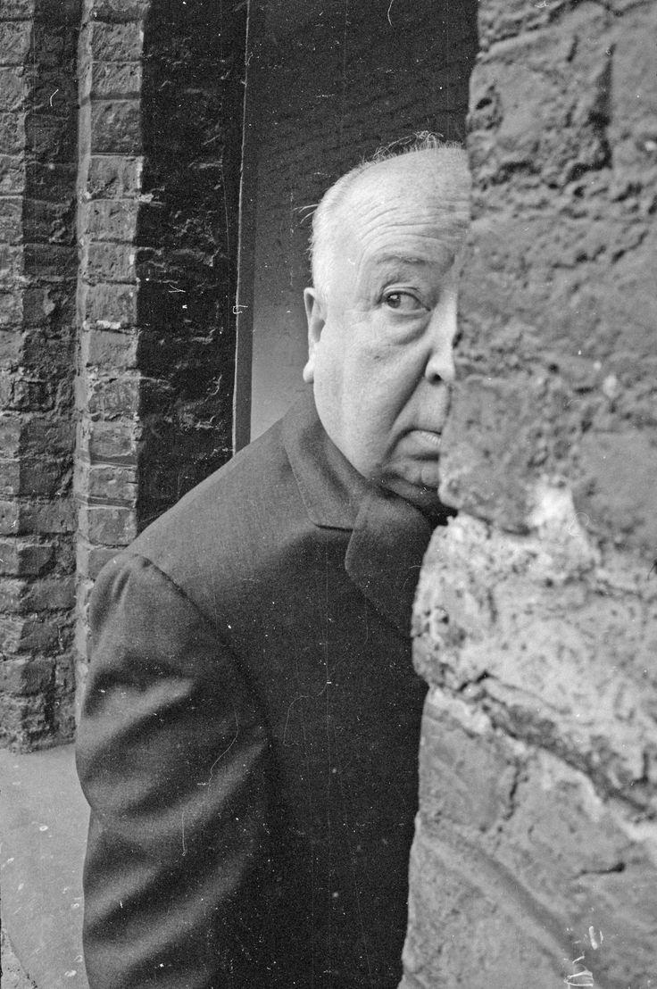 Alfred Hitchcock, Cambridge, Cambridgeshire, England, UK 1966. Photo by © Hulton-Deutsch Collection/CORBIS. °