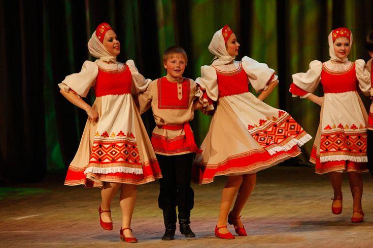 каждым русский костюм для танца картинки дома сруба, для
