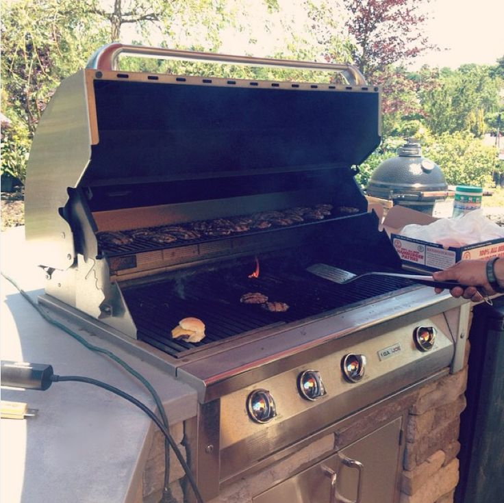 Our showroom floor features set ups of our outdoor grills ...