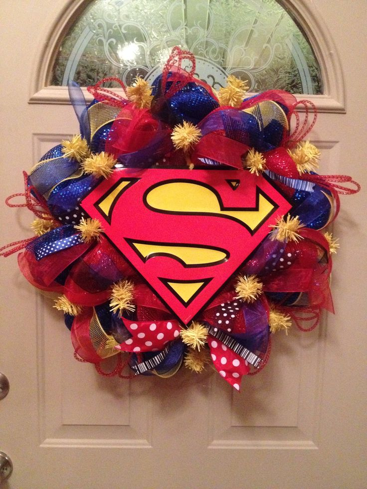 Superman Superhero Mesh Wreath