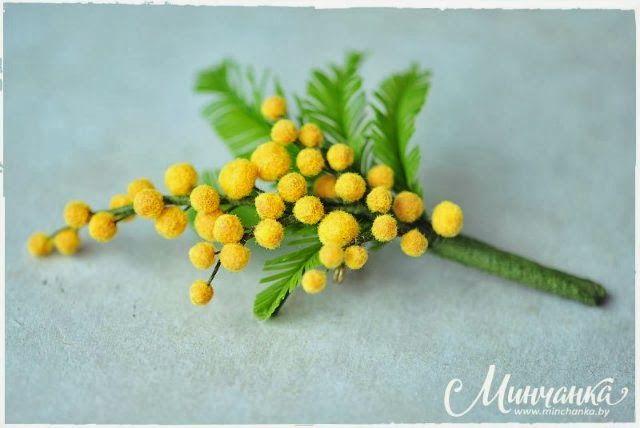 Tutoriel en image pour réaliser cette branche de mimosa avec de la pate polymère ou de la porcelaine froide