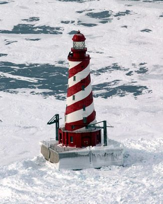 White Shoal Lighthouse, Michigan at Lighthousefriends.com