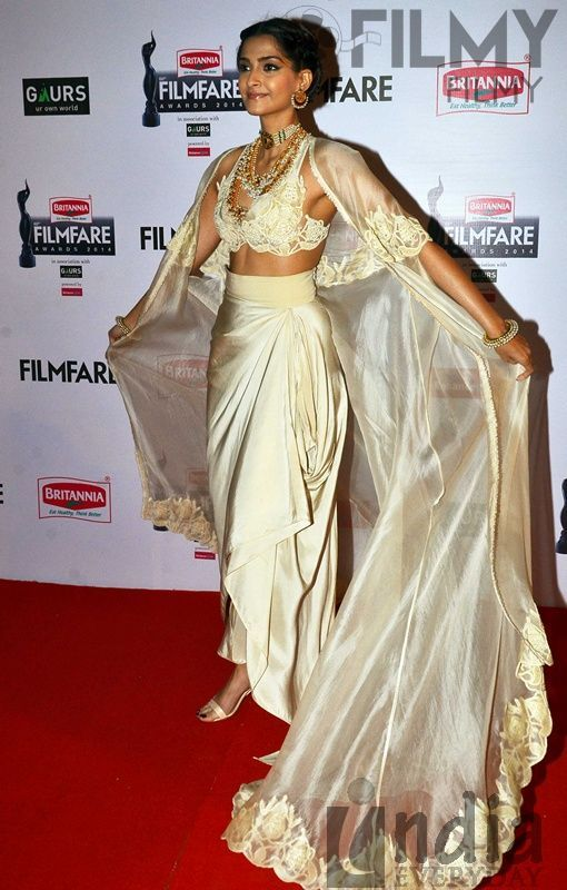 Sonam Kapoor graces the red carpet at the 60th Britannia Filmfare Awards.It was Anamika Khanna for Sonam while at the Filmfare Awards. Wearing her hair back, she finished out the look with matching ankle-strap sandals and some gorgeous Sunita Kapoor Signature Line jewelry. No one quite wears the designer like Sonam does and this look was no exception either; she owned the look. - See more at: http://www.highheelconfidential.com/tag/60th-filmfare-awards/#sthash.2DgX5cdI.dpuf