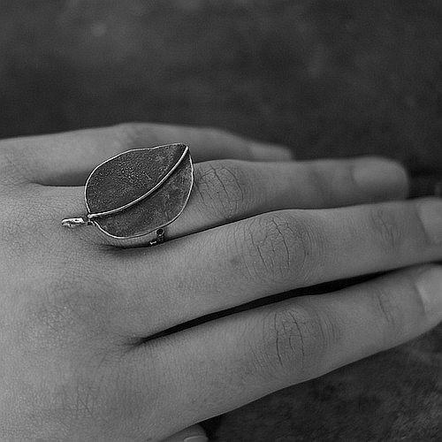 CÓDIGO DE USO 10-20% de descuento anillo de hoja Simple