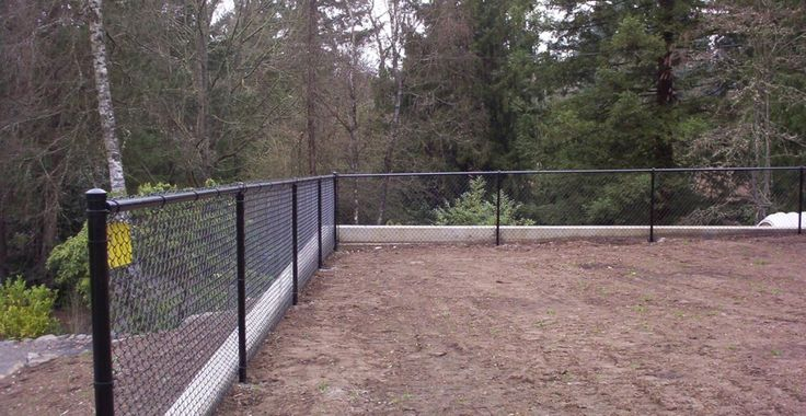 17 Best Ideas About Black Chain Link Fence On Pinterest
