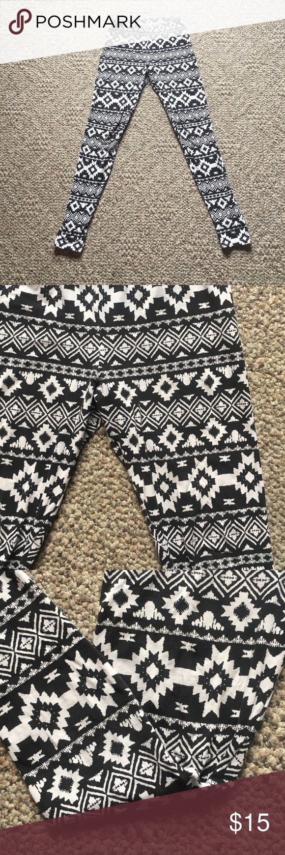Aztec tights Insanely comfortable. I've worn with just a T-shirt and black boots. Cute Aztec pattern is super flattering. Pants Leggings