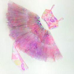 We're totally Splash Dye obsessed! // Shop the look online now, follow the link in our bio! #lovenikita #lovefromnikita #tweenfashion #teenfashion #girlsfashion #splash #dye #trend #croptop #tutu #pretty