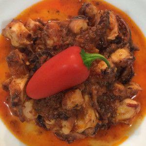 Polpo alla Diavola Italian Recipe - Ricetta del polpo alla Diavola con zafferano #hotfood #peppers #hotpeppers #peperoncino #piccante #Sardegna #zafferano