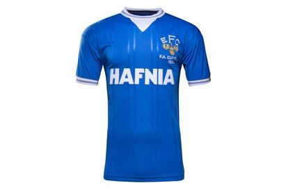 Score Draw Everton 1984 FA Cup Final Retro Football Shirt The 1980s belonged to Everton and was a golden era for the Toffees, kicked-off by their 1984 FA Cup Final triumph at Wembley.Created by retro specialists Score Draw, the Everton 1984 FA Cup Final Retr http://www.MightGet.com/february-2017-2/score-draw-everton-1984-fa-cup-final-retro-football-shirt.asp