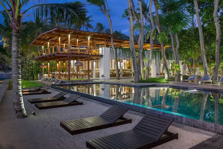 Lombok Hotel Photography - Jeeva Santai - pool and restaurant view dusk time
