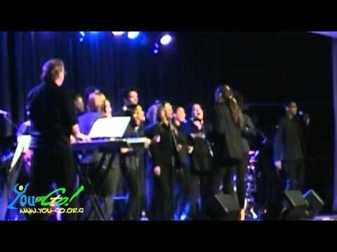 Die You-Go! Gospel Singers bei einem Auftritt im Maritim Hotel Köln 11/2012 mit Bless the Lord