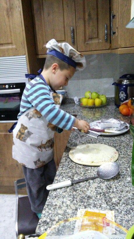 Delantal y gorro de cocinero tanto para niños como adultos