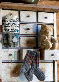 Sisu-sukat vauvalle - Katso ohje: Kotiliesi.fi - Knit socks for a baby