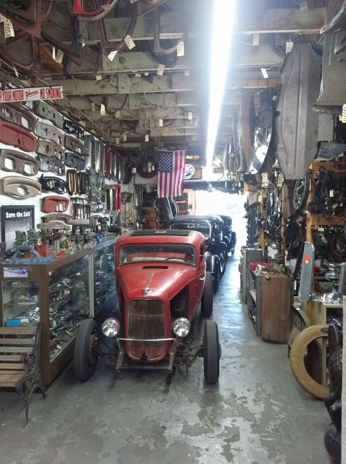 Cool hot rod garage gassers pinterest garage and for Garage ford nice