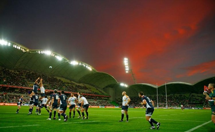 Google Image Result for http://www.theepochtimes.com/n2/images/stories/large/2011/03/07/040.rugby.lineout.109418266.jpg