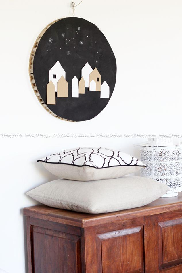 rundes Wandbild, weihnachtliches DIY, Upcycling Schreibtischplatte, weihnachtliche Häuser, selbstgemachte Weihnachtsdeko, DIY Deko zu Weihnachten,
