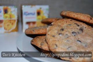 Biscuiti cu fulgi de ciocolata - Retete culinare by Teo's Kitchen