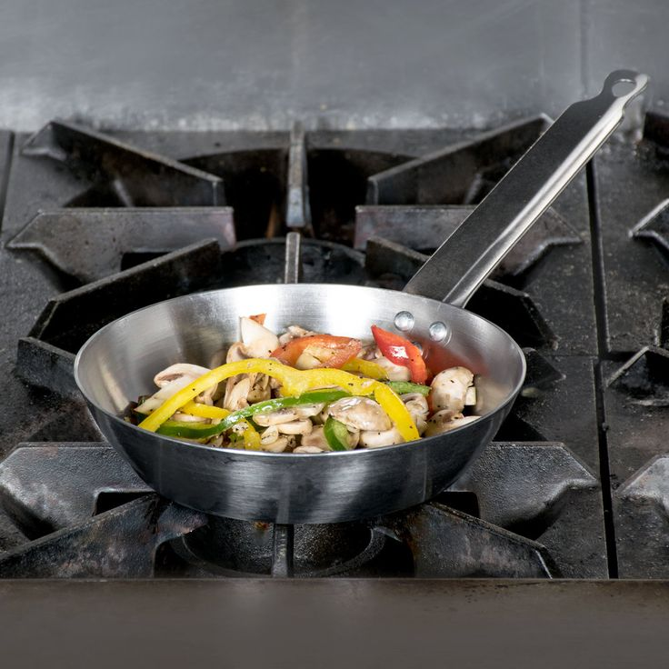 """French Style 7 7/8"""" Carbon Steel Fry Pan"""