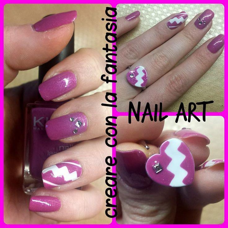Nail art - Grafica e glitter #nailart #smalto #unghie #nails #graphic #glitter #rosaebianca #anello