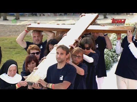 Światowe Dni Młodzieży: Droga Krzyżowa z udziałem Ojca św.