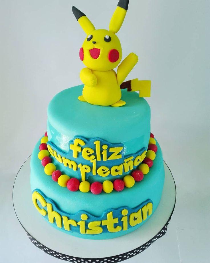 Atraparlos ya hay que atraparlos!  El día de ayer tuvimos el gusto de hornear y decorar éste pastel para un maestro Pokemón  Gracias por tu confianza Julieta!  #pokemon #pikachu #pokemonmaster #fondant #fondantcake #dessert #delicious #acayucan #veracruz #mexico #mexicansugar #red #yellow #chocolate #philadelphia #frambuesa #moist #pikachufondant