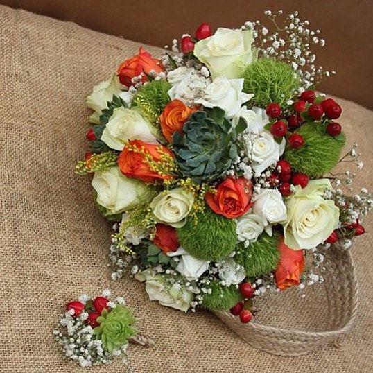 Pürlen ve Özhan'a mutluluklar dileriz  #TerraquaDesign #wedding #bridal #bouquet #flowermagic #flowers #çiçek #düğün #gelin #buket #succulent #sukulentgelinbuketi #succulentweddingbouquet #gelinbuketi #bridebouquet #summer #orange #green #cipso #rose #succulove #sukulent #lovegreen #white #nofilter #damatyakalığı #yakaiğnesi #damat #bouttoniere #istanbul