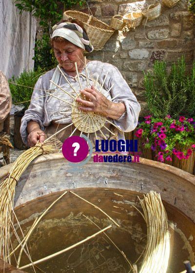 bevagna mercato delle gaite mestieri medievali eventi umbria borghi luoghi da vedere visitare
