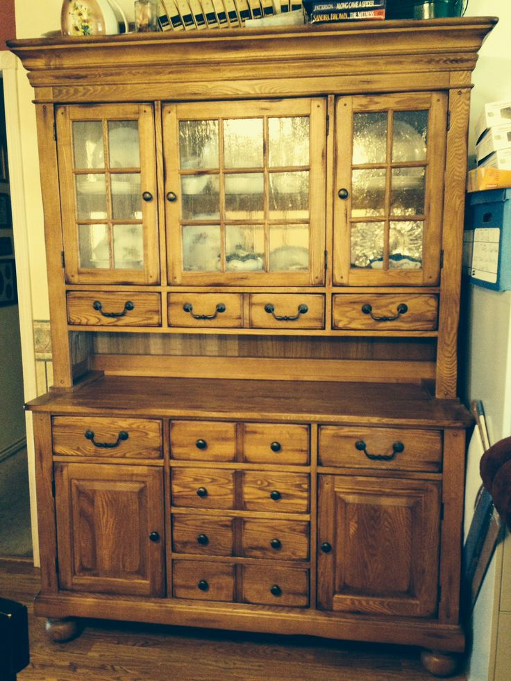 Solid Oak Buffet Hutch With Lighted Cabinet In Wyattsgammy