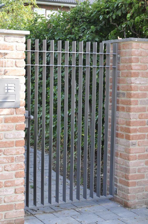 SCHLOSSEREI P&H Hamburg - Zäune Gitter Tore Türen:
