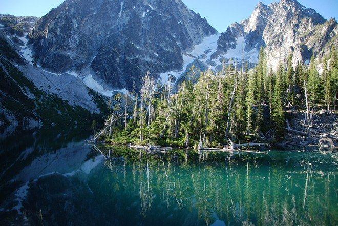 A gorgeous day at Colchuck Lake. (Washington)