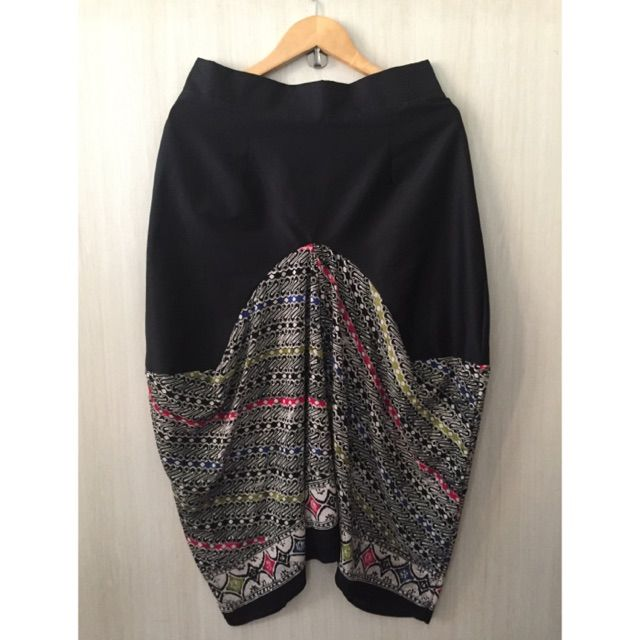 Saya menjual Rok batik drapery seharga Rp145.000. Dapatkan produk ini hanya di Shopee! https://shopee.co.id/imanggoethnic/213201893 #ShopeeID