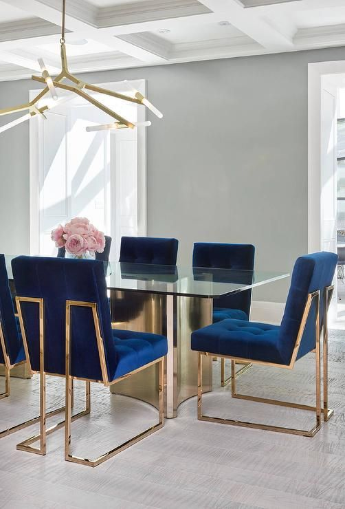 How To Pick The Right Fabric Color For Your Dining Chairs / dining chairs, dining room ideas, modern chairs #colortrends #diningchairs #diningroomideas  For more inspiration, read: http://modernchairs.eu/pick-right-fabric-color-dining-chairs/