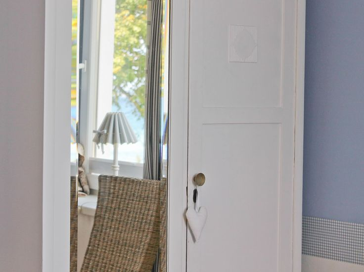 Schlafraum mit Seeblick, 3-Raum-Ferienappartement in der Bädervilla
