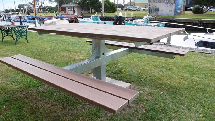 Furniture Marina; seating at the Yacht Club #ModWood #WideDecking #Furniture #Seating