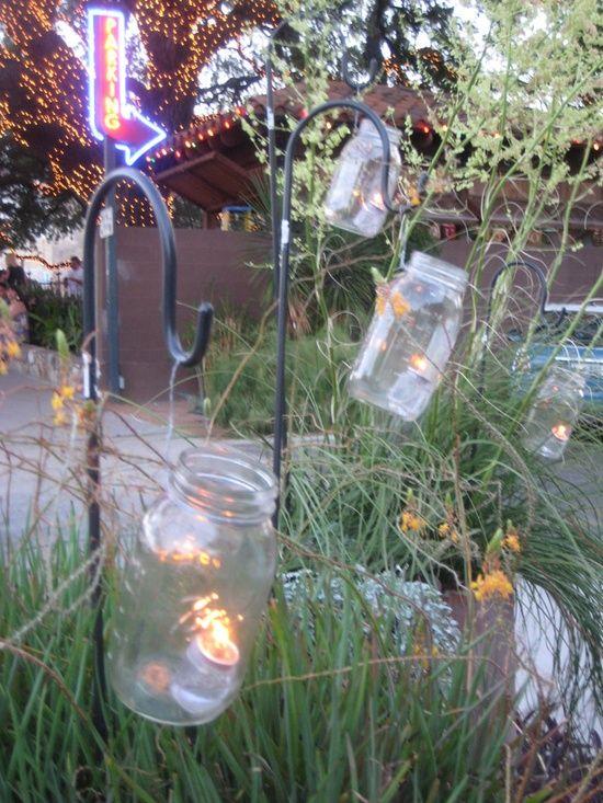 DYI patio lanterns. Perfect for backyard parties!