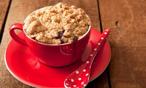 Apple crumble served in a cup - love this so much!