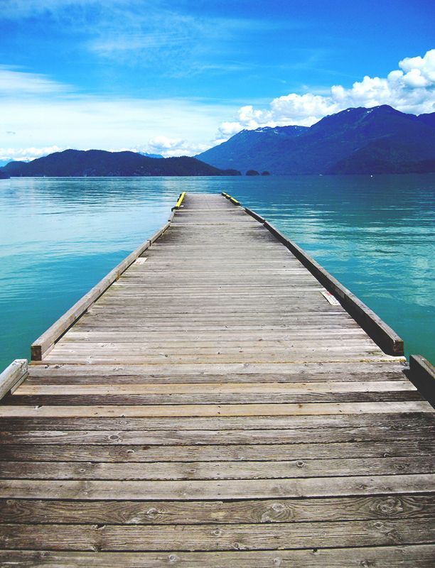 dock, harrison hot springs, british columbia, canada, pnw | nature photography + waterscapes #adventure