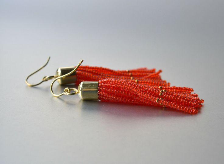Fransen Ohrringe aus Glasperlen und Silber 925 vergoldet in leuchtendem orange von Donauluft auf Etsy https://www.etsy.com/de/listing/232934004/fransen-ohrringe-aus-glasperlen-und