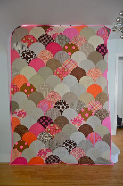 My Glam Clam, pattern by Latifah Saafir.#quilts