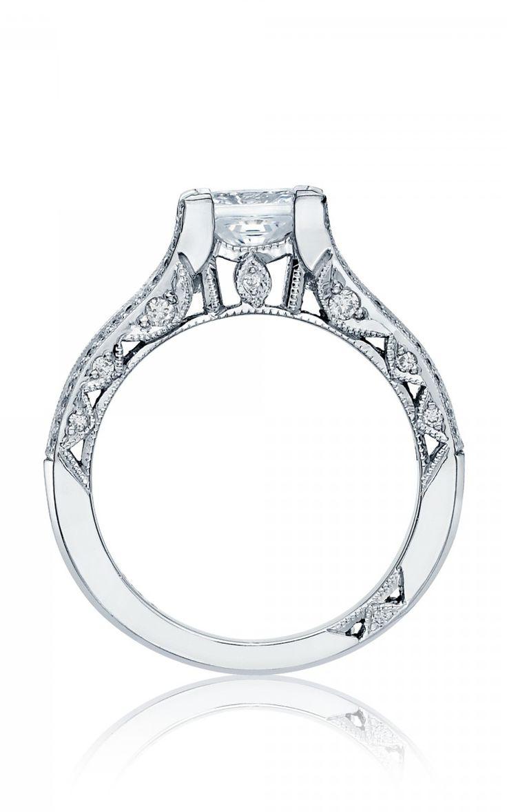 Unique & authentic. Tacori Classic Crescent. #Tacory #engagement #rings