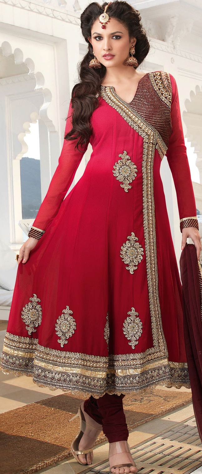 Add an edge to your ethnic look with this Shaded #Red #Churidar Kameez.  We love it! What about you?