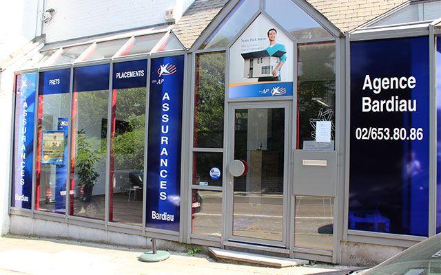 Assurances Bardiau (La Hulpe - Brabant Wallon): Bureau d'assurances.   Nous sommes spécialisé dans le secteur de l'assurance (particuliers et entreprises), également dans celui du placement et du crédit hypothécaire. Présent sur le marché de l'assurance depuis plus de 30 ans, nous sommes là pour répondre à toutes vos attentes. Jeunes, profitez de nos tarifs avantageux.   Le réseau de conseillers spécialisés des AP est présent dans toute la Belgique. Nos clients peuvent toujours nous ...