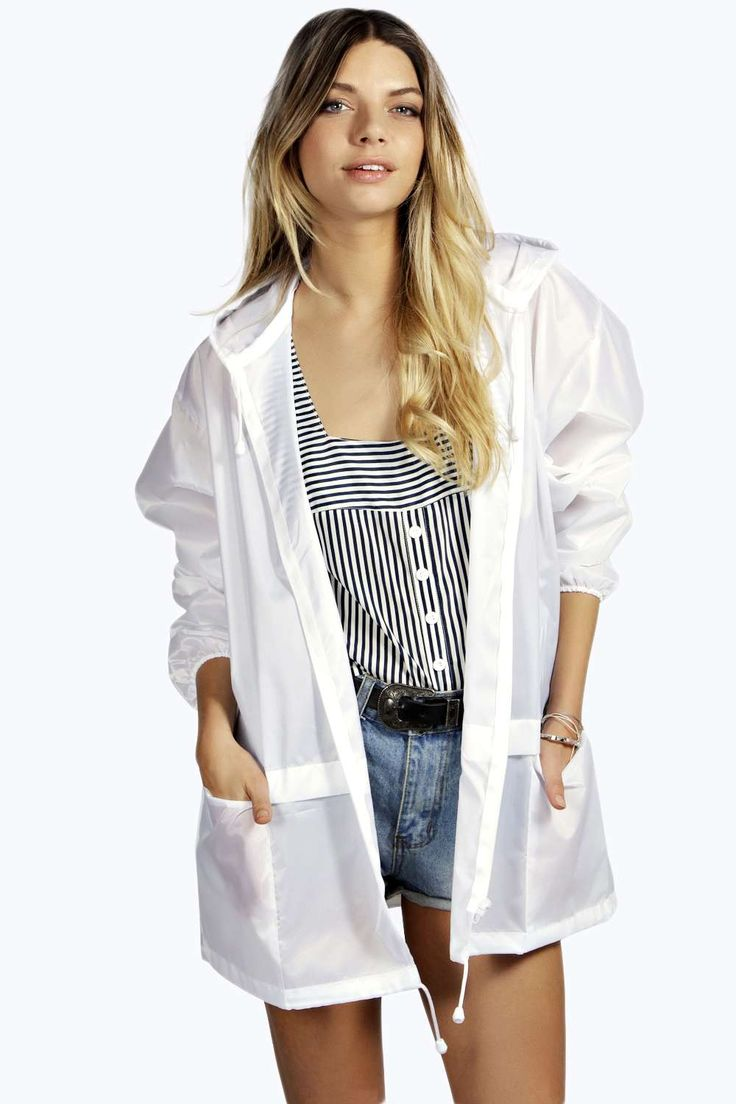 Bethany Festival Mac for 'practicool' fashion when it isn't too sunny! #BBFEST #beginningboutique