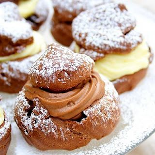 : Chocolate Cream PuffsChocolates Cream, Treats, Cream Puffs, Desserts With Puff Pastries, Food, Yummy, Puff Recipe, Baking, Sweets Tooth
