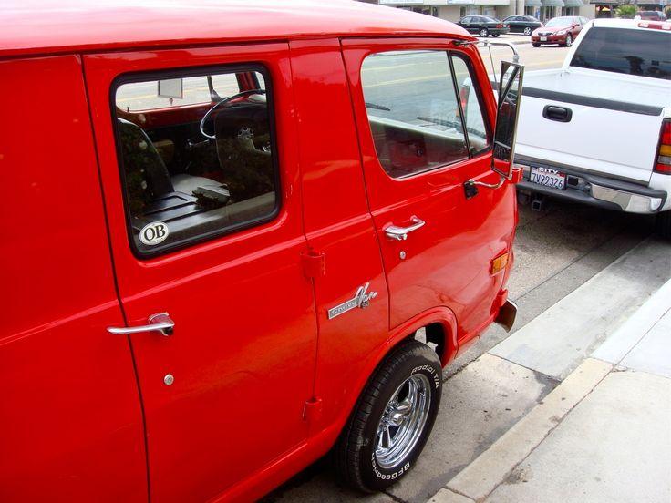 THE STREET PEEP: 2fer Tuesday: 1965 & 1968 Chevy Vans